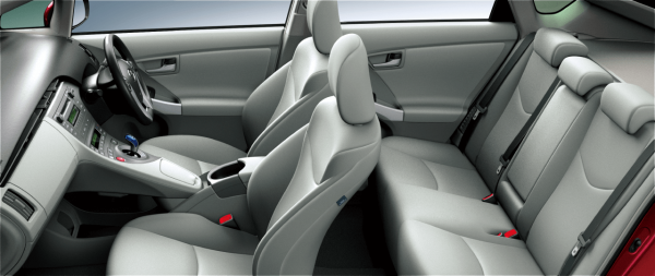 carlineup_prius_interior_seat_16_pc