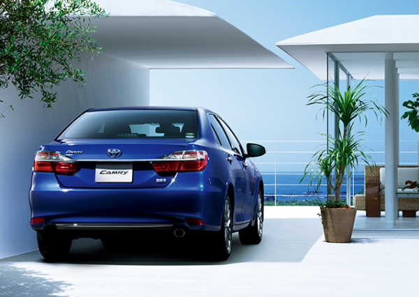 carlineup_camry_gallery_3_05_lb