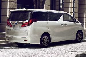 carlineup_alphard_exterior_top_features_01-03