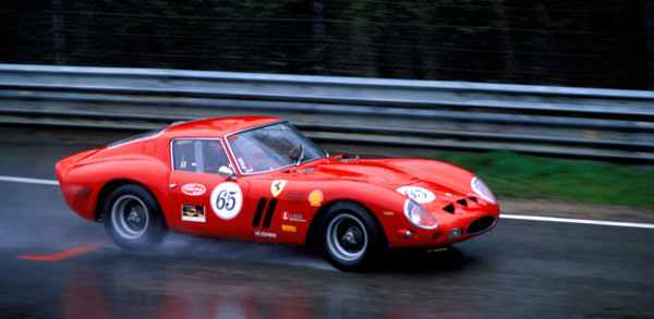 画像出典: http://auto.ferrari.com/en_EN/sports-cars-models/past-models/250-gto/