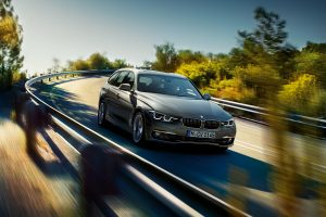 3-series-touring-wallpaper-1920x1200-5.jpg.asset.1435071618392