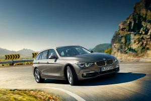 3-series-touring-wallpaper-1920x1200-6.jpg.asset.1435072722944