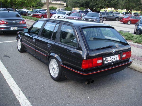 BMW-320i-Touring-2[1]