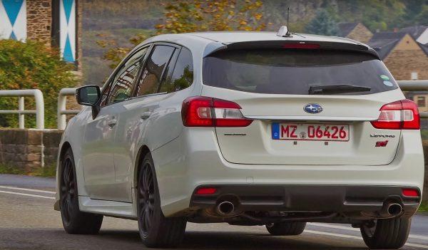Subaru-Levorg-STI[1]