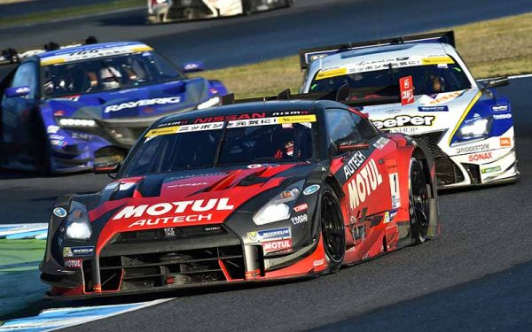 super-gt-motegi-race-second-place-prize-of-motul-autech-gt-r-series-straight-victory20151117-11