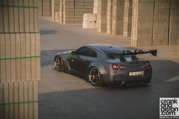thumbs_liberty-walk-nissan-gt-r-crankandpiston-141