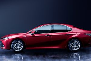 carlineup_camry_exterior_top_pic_02_01_pc