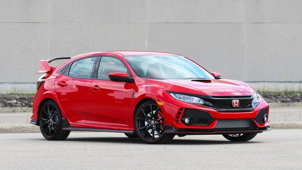2017-honda-civic-type-r-first-drive