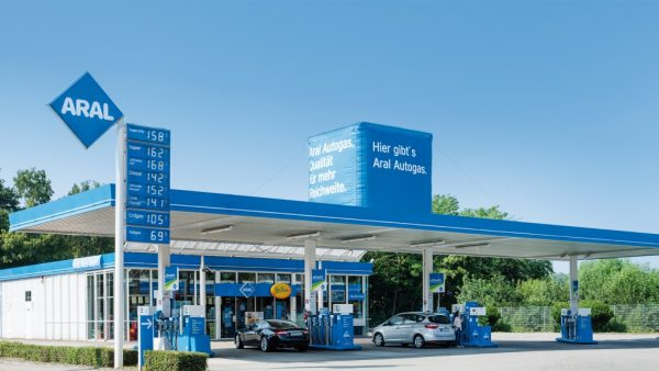 Aral_fuel_station_in_Germany_offering_LPG_autogas