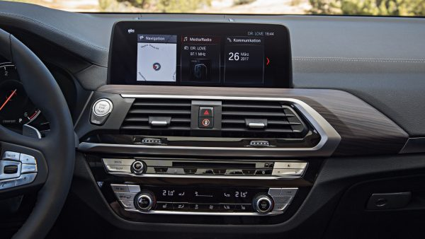 message-editor-1498513933631-p90263746_highres_the-new-bmw-x3-xdriv