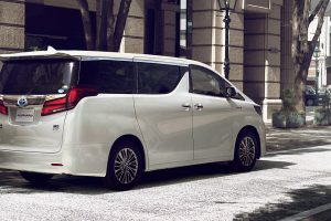 carlineup_alphard_top_fact_exterior_01-2_pc