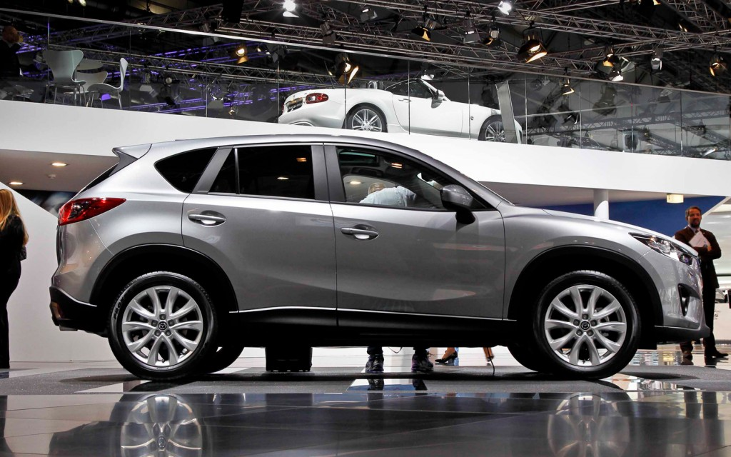 2013-Mazda-CX-5-Prototype-side-view[1]
