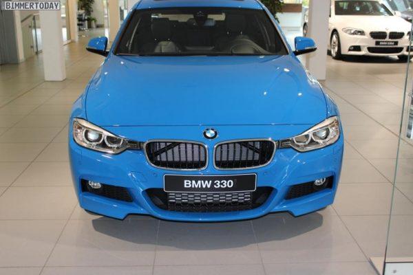 BMW-Individual-Pure-Blue-330d-F30-M-Sportpaket-3er-blau-06[1]