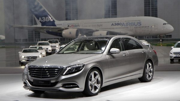 2014-s-class-reveal-live-02[1]