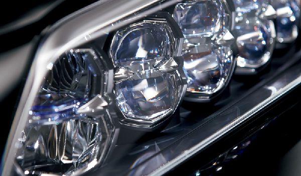 2015-honda-legend-flagship-sedan-revealed-in-japan-it-s-the-acura-rlx_3[1]