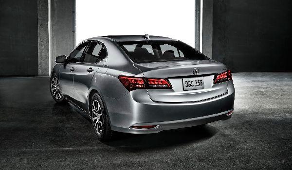 2015 Acura TLX.