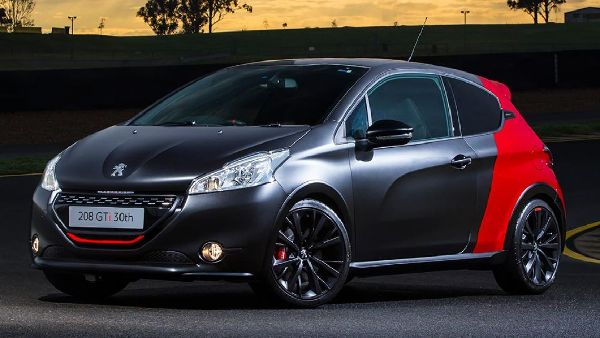 peugeot-208-gti-30th-anniversary-edition-2015-11