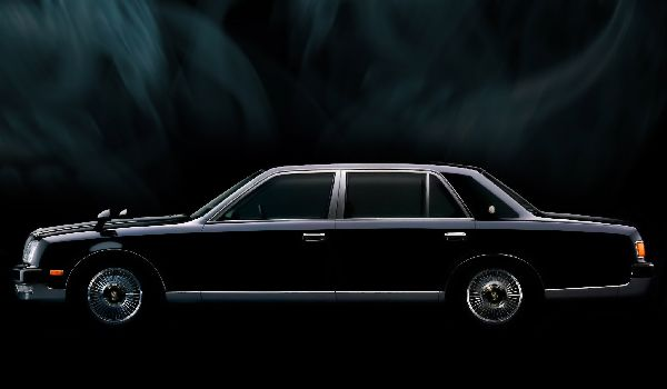 toyota-century-ii-gzg50-2016-pictures-590541