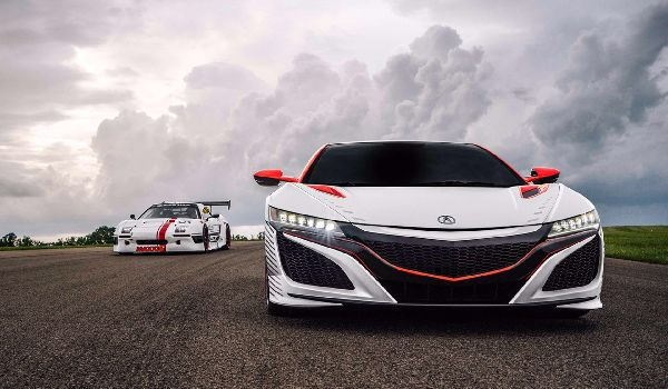 acura-nsx-pace-car-for-the-2015-pikes-peak-hill-climb_100516371_h1