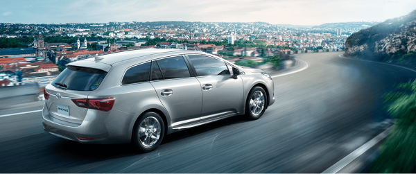 carlineup_avensis_top_2_12_pc1