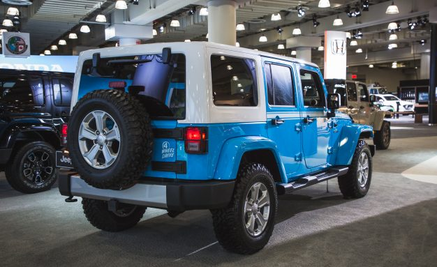 2017-Jeep-Wrangler-Unlimited-Chief-103-626x383