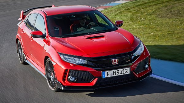 2017-honda-civic-type-r-12