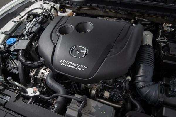 マツダ6の2.2Lクリーンディーゼルエンジン